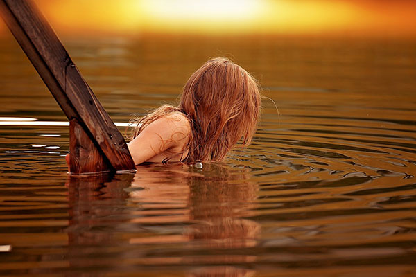 swimming camping auvergne