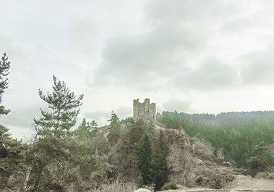 chateau d'alleuze camping auvergne