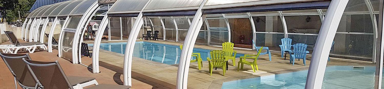 Camping auvergne avec piscine couverte camping cantal - Camping avec piscine couverte chauffee ...