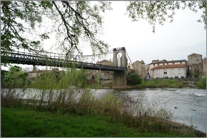 pont suspendu camping auvergne