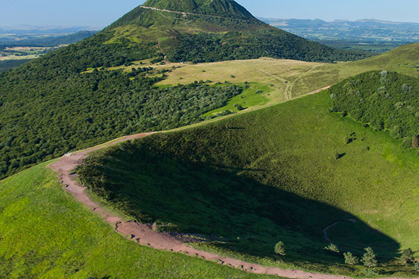 puy mary camping auvergne