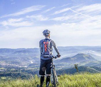 randonnée en vélo camping auvergne